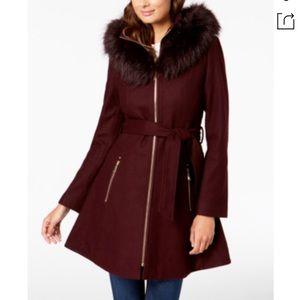 LAUNDRY BY SHELLI SEGAL Hooded Faux Fur,plum,NWT